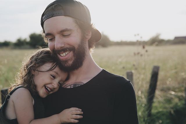 Любовь к детям: от чего она зависит и как её лучше проявлять